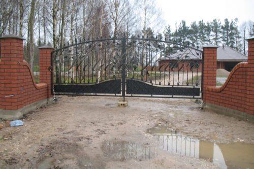 Vartai ir tvoros 3
